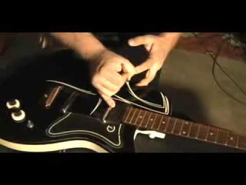 Custom guitar pinstriping by Tom VanNortwick