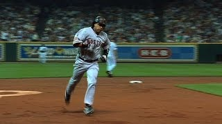 AL@NL: Manny crushes a two-run homer off Clemens