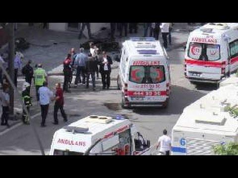 Turkey deadly car bomb targets Gaziantep police HQ