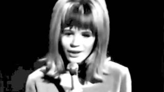 Watch Marianne Faithfull Once I Had A Sweetheart video