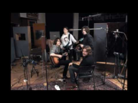 Arctic Monkeys Interview - XFM on Humbug - Part 1 - Working with Josh Homme - 26th August 2009