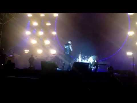 Queen Supersonic concert in Seoul on 14-08-2014 (Radio ga ga / Crazy little thing called love)