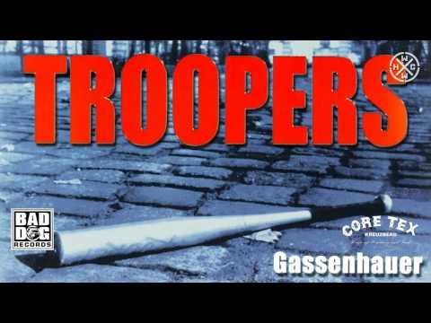 Troopers - Fehler Der Natur