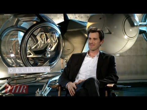 'Oblivion' Director Joseph Kosinski on Landing Tom Cruise