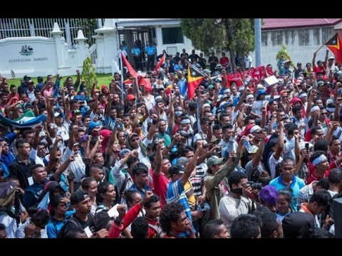Thousands rally in East Timor over Australia oil dispute