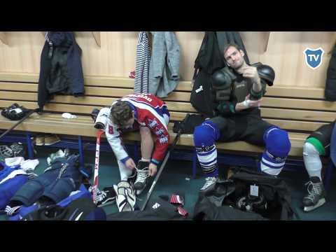 Hokejový zápas: baníkovci vyměnili míč za hokejku a puk