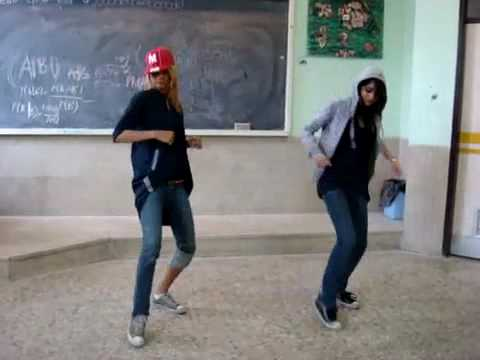 Shameless Iranian girls dancing to Black-African music Video