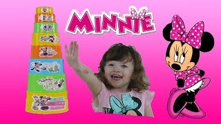 Disney Junior Videos Minnie Mouse FUN Stacking Cups + Surprise Eggs + Kinder Surprise TOYS
