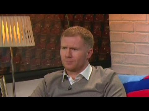 Paul Scholes Calls Robbie Savage 'Knobhead' On Live TV - Immediately Forgets - Hilarious !