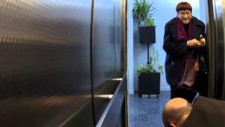 Sorpresa en el ascensor