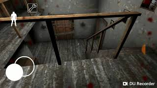 Joguei o jogo da Gwen a vovó assassina