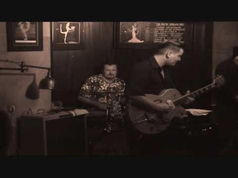 Jull&Zio - Cliff Tribute