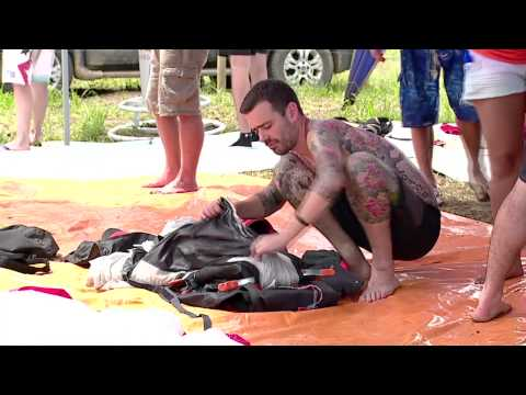 Taking Flight - World Wing Suit Race in Brazil klip izle