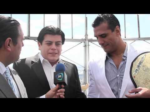 Alberto del Rio entrevistado por Javier Clorio en Nueva York