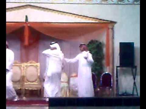 رقص شباب بعرس حريم