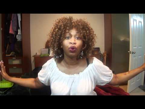Carly Rae Jepsen - Call me Maybe   ....  GloZell