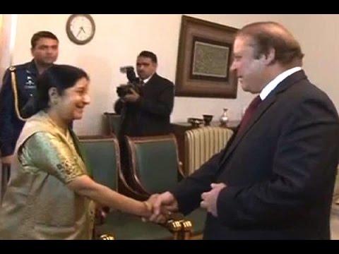 Sushma Swaraj meets PM Sharif in Islamabad