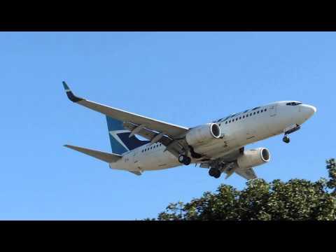 WestJet Boeing 737-700 [C-GMWJ] landing in LAX