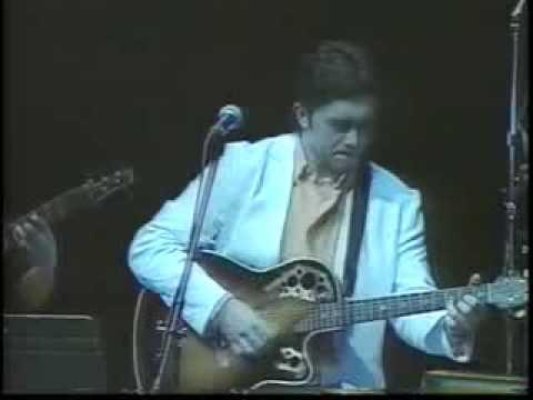 RENEGADO POP ORQUESTA. Featuring : JOSE MANUEL RAMOS