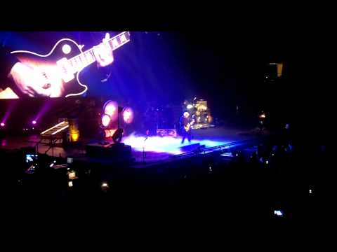Rush - Alex Lifeson jam - Clockwork Angels Tour - St. Louis (9/22/12)