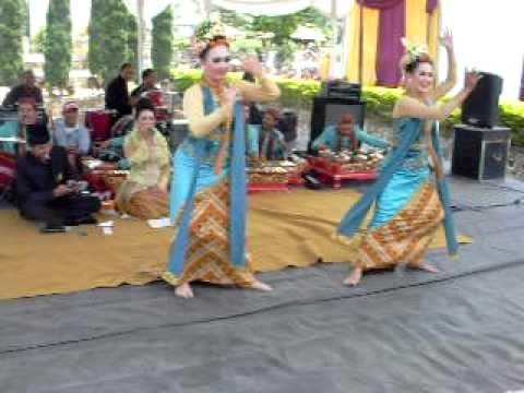 Jaipongan kembang Tanjung By Rosalinda Enterprise video