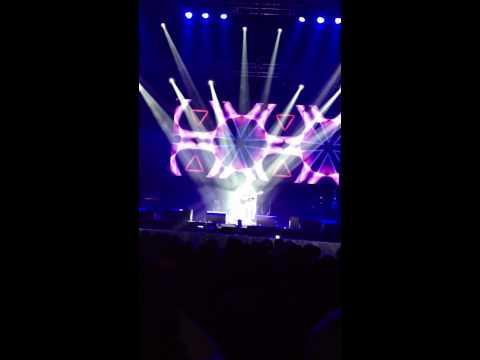 Yakeen - Atif Aslam Live O2 Arena