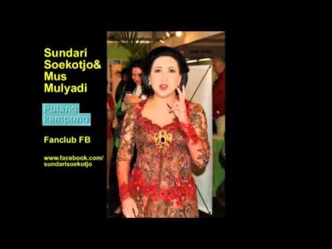 Pulang Kampung - Sundari Soekotjo and Mus Mulyadi