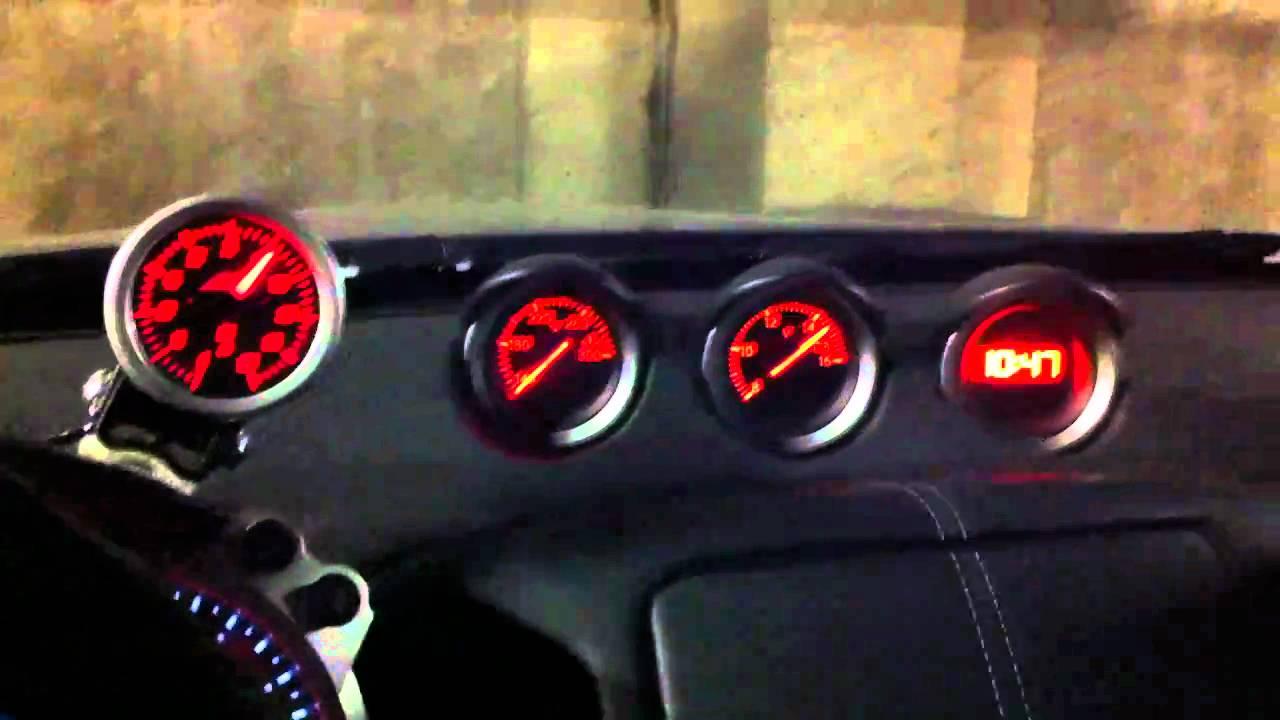 AEM Analog Oil Pressure Gauge In A Nissan 370Z YouTube