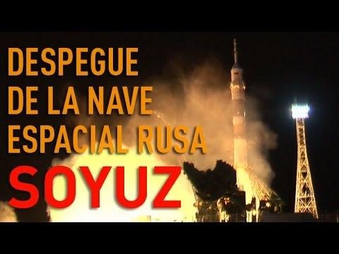 Momento del despegue de la nave espacial rusa Soyuz TMA-15M