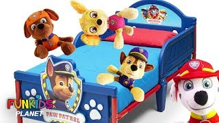 Learn Colors Videos For Kids: Paw Patrol Pups Play 5 Little Monkey on the Bed Nursery Rhymes