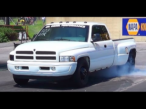 qual Rollin Coal pickups drag racing 2nd annual keystone deisel truck