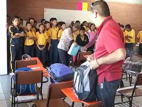 No todas las escuelas de Saltillo realizan revisión de mochilas