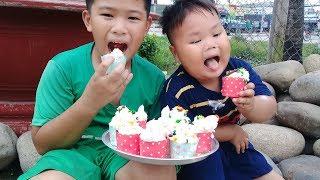 Đồ chơi trẻ em bé pin trang trí bánh kem sinh nhật ❤ PinPin TV ❤ Baby toys decorate cake birthday