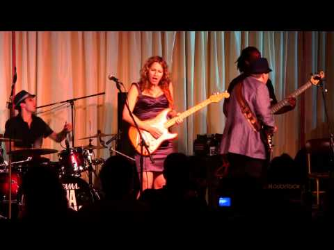 Ana Popovic with Special Guest Ronnie Earl Live @ The Bull Run 7/29/12