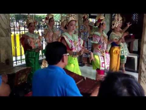 Four face Buddha. ( Phra Phrom ) Thai dancing. Ratchaprasong Bangkok, Thailand..
