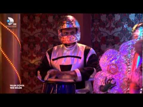 Yalan Dünya Yakalarsam Tık Tık Remix izle Irem sak Tüleyman Robot dansi