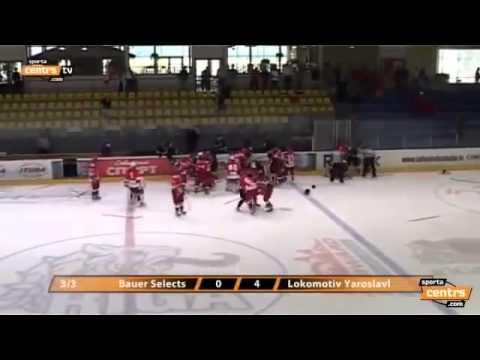 Жесткая драка хоккей, дети опомнитесь!.mp4
