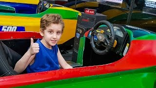 Paulinho Pretend Play with Car Games Fish Polka Dot Machines and in the Market - Vlog for Kids