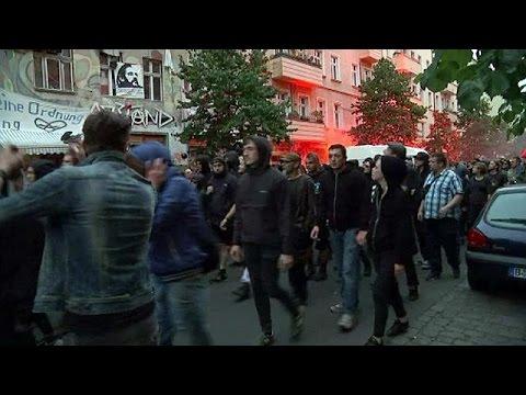 Manifestations à Berlin contre l'expulsion d'un squat : des dizaines de policiers blessés