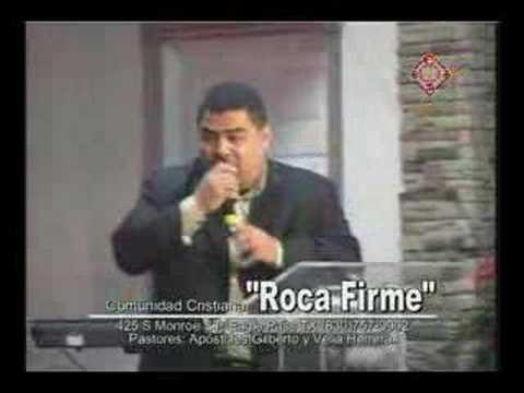 Erick Porta en Roca Firme cantando El Me Ha Hecho Libre