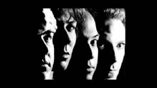 Watch Pixies Where Is My Mind video