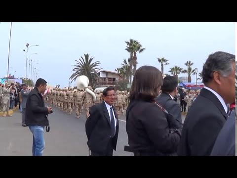 Desfile Banda 3°BC del Ejercito del Perú - Contrapunto de Bandas Militares Chile - Perú 2013