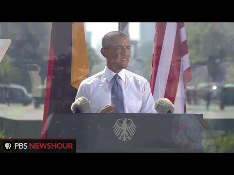 Watch Angela Merkel and Barack Obama's Remarks from Brandenburg Gate in Berlin