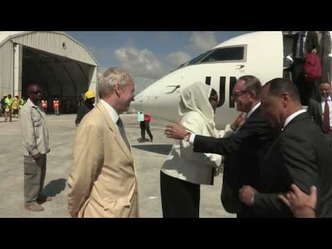 UN DEPUTY SECRETARY-GENERAL JAN ELIASSON VISITS SOMALIA