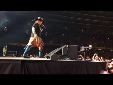 Paradise City - Guns n' Roses Chicago 7/1/2016 FRONT ROW