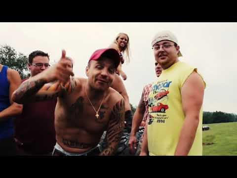 Mini Thin - City Bitch (Official Video) Country Rap Redneck hick hop