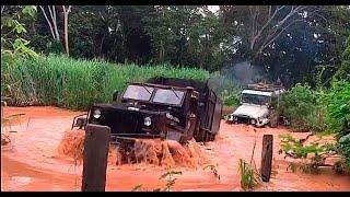 Caminhão 4x4 Engesa Resgate na trilha