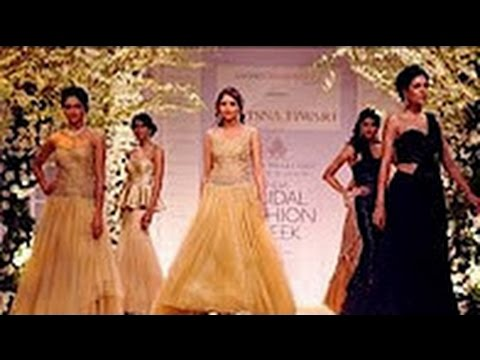 Celebrity Models in Traditional Collections on Ramp at Aamby Valley India Bridal Fashion Week 201348