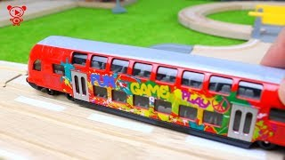 Trains for kids video - different trains wooden brio train, Thomas the train, lego and brio trains