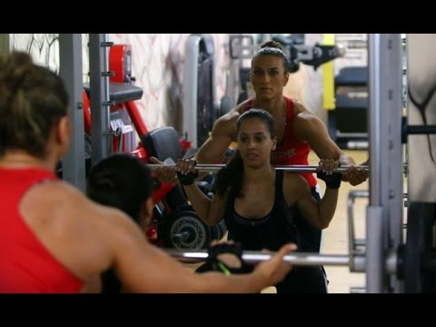 Arab female bodybuilder looks abroad for recognition
